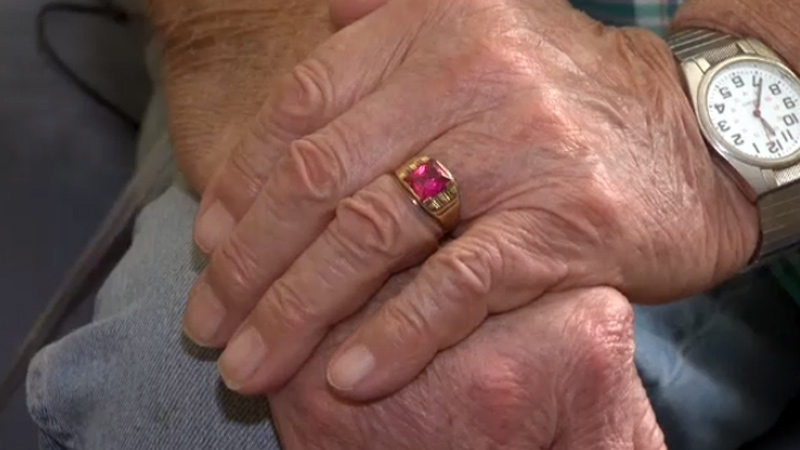 Calgary senior searching for dead brother's ring