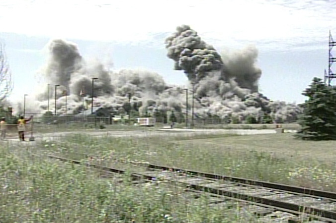 Lakeview Generating Station implodes in a massive display on Thursday, June 27, 2007.