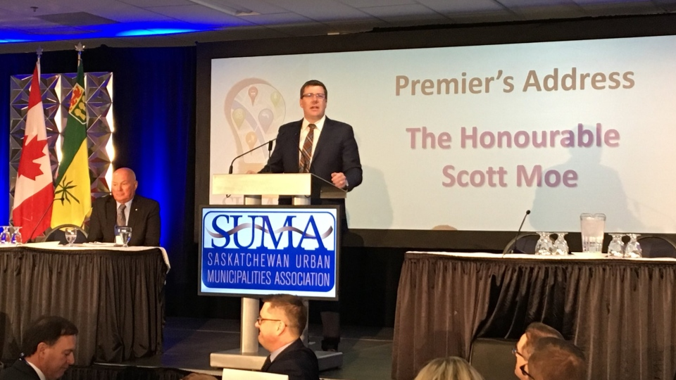 Premier Scott Moe speaks at the SUMA Convention in Regina on Feb. 5, 2018 (Gareth Dillistone / CTV Regina)