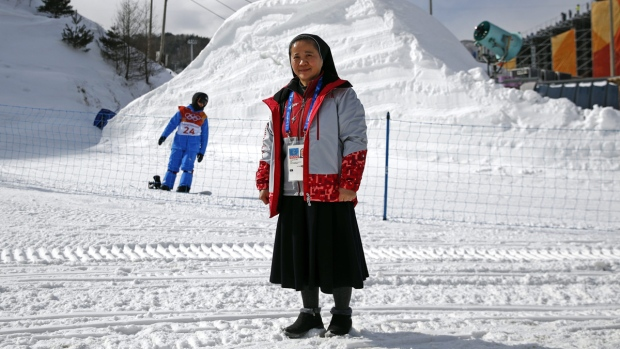 Sister Droste, Sungsook Kim, at Phoenix Snow Park