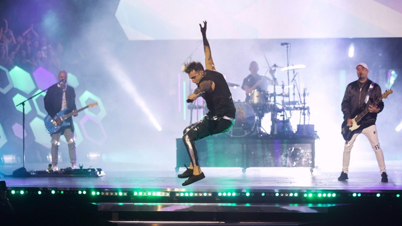 Hedley performs during the Much Music Video Awards in Toronto on Sunday, June 19, 2016. THE CANADIAN PRESS/Chris Young