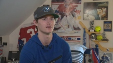 Teen ends hockey career after concussion
