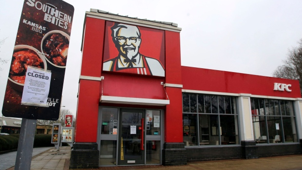 Police warn people to not call 911 over KFC crisis