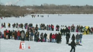 People flock to Waskimo despite cold