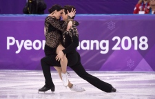 CTV News Channel: Virtue, Moir claim gold