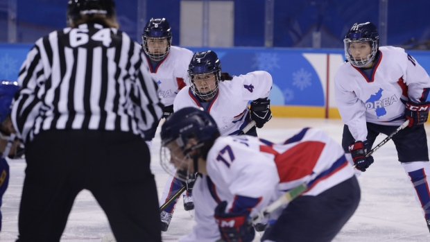Agent Feldman Balances US-Canada Women's Hockey Rivalry