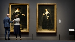 The portraits of a newly married Dutch couple were jointly bought in 2015 by the Netherlands and France from the wealthy Rothschild banking family in an unprecedented deal. (© AFP PHOTO/ ANP/Koen van Weel)
