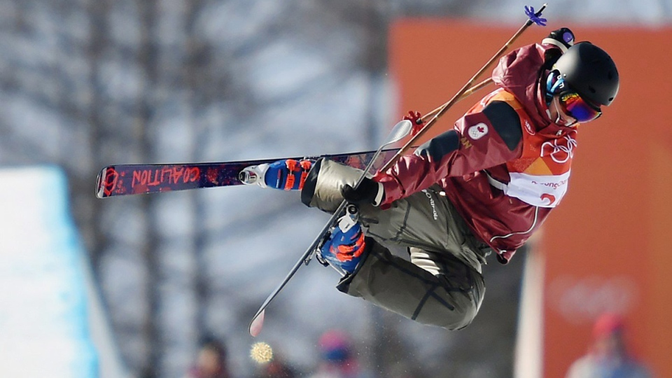 Rosalind Groenewoud competes in the women's halfpipe skiing final at the Phoenix Snow Park on Feb. 20, 2018. (Jonathan Hayward / THE CANADIAN PRESS)