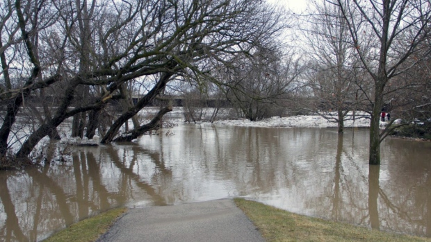 The Grand River recedes as flooding continues in Brantford on Friday, Feb. 23, 2018. (Paul Barber / Twitter)