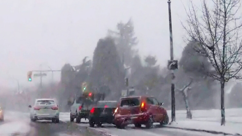 Slush, snow and ice cover Metro Vancouver roads