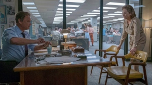 In this image released by 20th Century Fox, Tom Hanks portrays Ben Bradlee, left, and Meryl Streep portrays Katharine Graham in a scene from 'The Post.' (Niko Tavernise/20th Century Fox via AP)