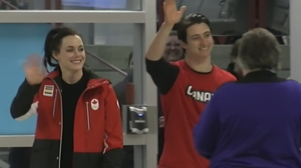 A large crowd of adoring fans waited to greet Tessa Virtue and Scott Moir as they returned home from the Olympics. (CTV London)