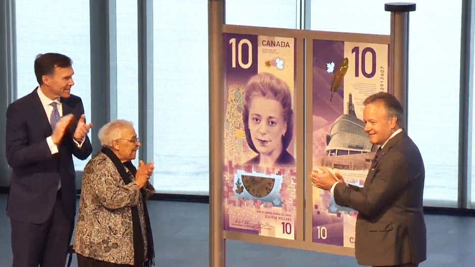 Viola Desmond's sister, Wanda Robson, helps unveil the new $10 bill.