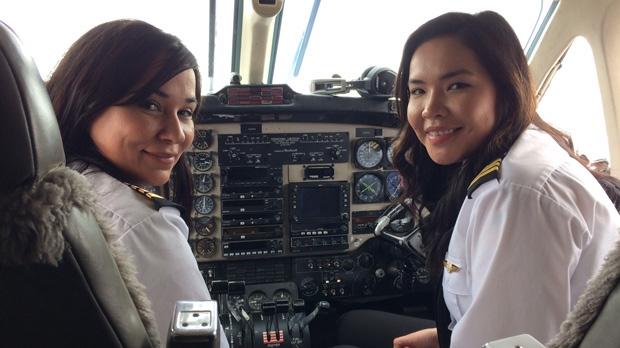 Robyn Shlachetka (left), captain, and Raven Beardy (right), first officer. (Josh Crabb/CTV News)