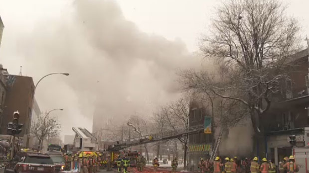 A five-alarm fire broke out on the corner of St-Denis and Cherrier on the morning of Sun., March 11, 2018.