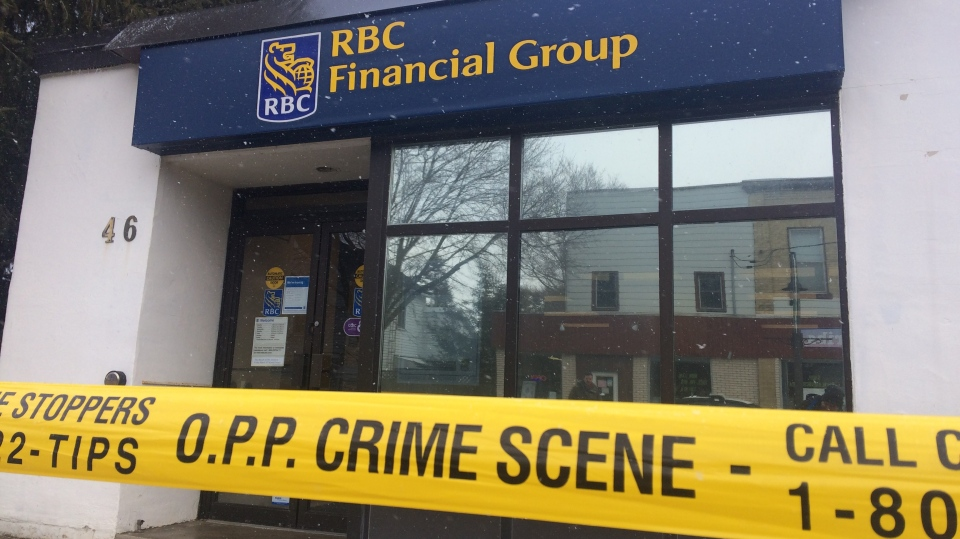 Police investigate a bank robbery at the RBC branch in Moorefield on Tuesday, March 13, 2018. (Matt Harris / CTV Kitchener)