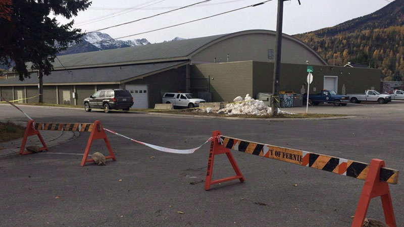 Fernie Memorial Arena is shown in Fernie, B.C. on Wednesday, Oct.18, 2017. Months after an ammonia leak killed three men at an ice rink in southeastern British Columbia, some industry experts are raising concerns about the staffing and inspections of arenas using the hazardous gas.(THE CANADIAN PRESS/Lauren Krugel)
