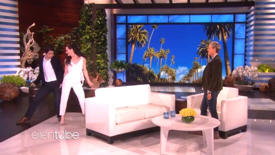 Canadian figure skaters Scott Moir and Tessa Virtue dance on The Ellen Degeneres Show. (theellenshow / Instagram)