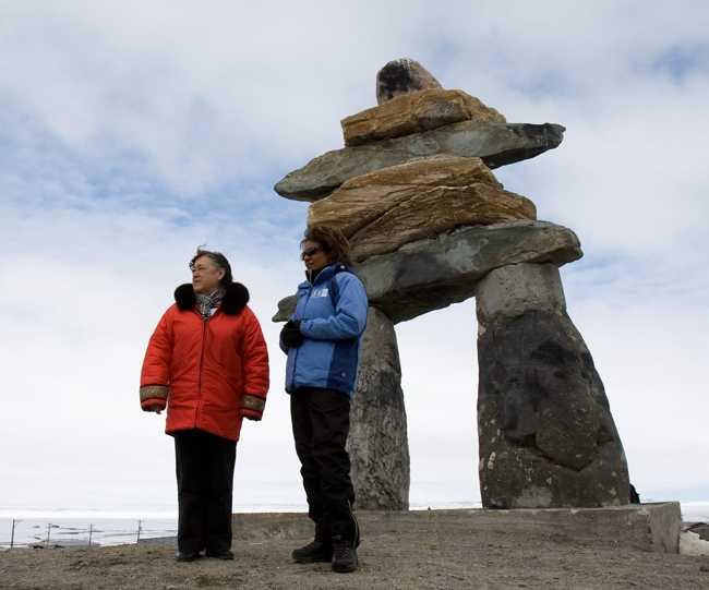 Gov. Gen. Michaelle Jean gets a tour of Rankin Inlet, Nunavut by local Levinia Brown on Monday, May 25, 2009. (Sean Kilpatrick / THE CANADIAN PRESS)