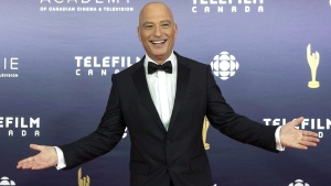 Howie Mandel arrives on the red carpet at the 2017 Canadian Screen Awards in Toronto on Sunday, March 12, 2017. (THE CANADIAN PRESS/Chris Young)