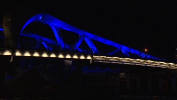johnson street bridge blue lights