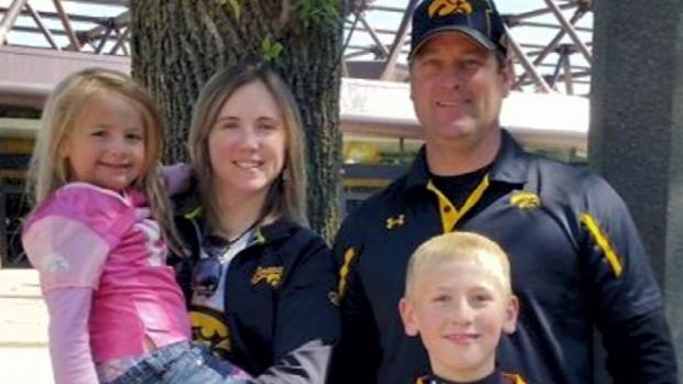Iowa family found dead inside vacation condo in Mexico