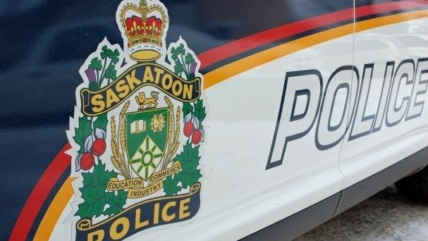 Man faces weapon charges after allegedly vandalizing Saskatoon business: police