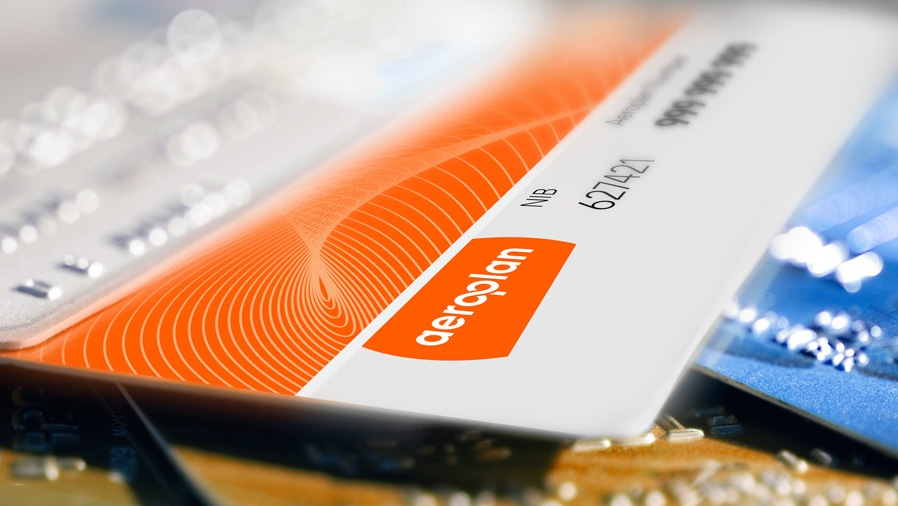 An image of the Aeroplan rewards program card is shown in this file image.