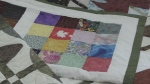 Thanking soldiers by sewing quilts