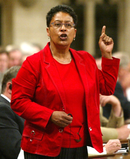 Liberal MP Marlene Jennings rises on a point of order following question period, in the House of Commons in Ottawa, on Wednesday June 14, 2006. (Tom Hanson / THE CANADIAN PRESS)