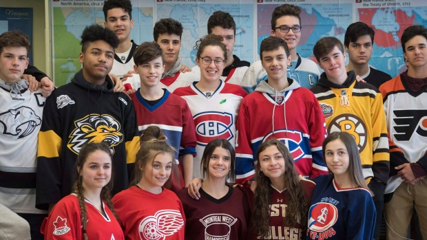 be9c5ccf1  One team for Humboldt   Supporters don jerseys in global show of support