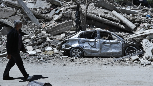 Investigators kept from chemical attack site