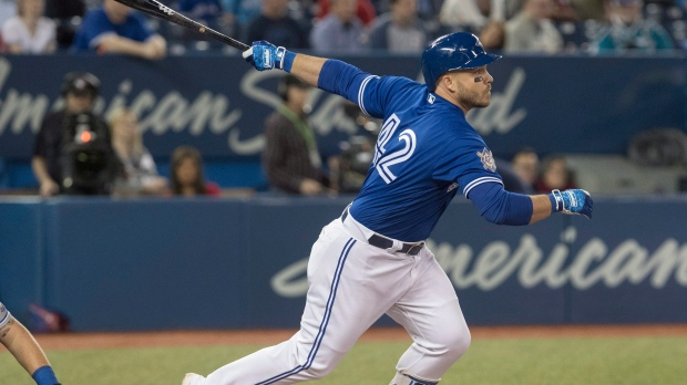 Blue Jays trade Steve Pearce to Red Sox