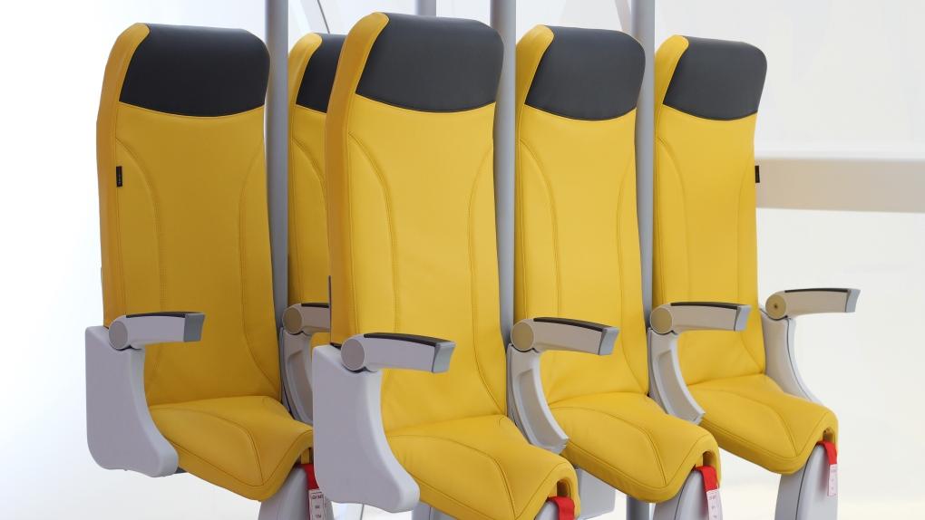 Skyrider 2.0 standing seats