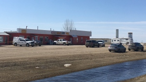 RCMP investigate a suspicious death in Midale, Sask. on April 20, 2018 (Colton Wiens / CTV Regina)