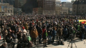 Annual 4/20 rally takes over Parliament Hill