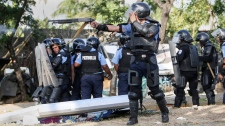 A Nicaraguan police officer