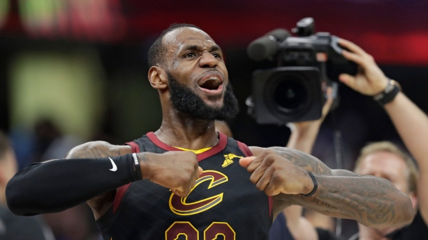 a1a48371f63c NBA scores  LeBron s buzzer-beating heroics lift Cavs past Pacers ...