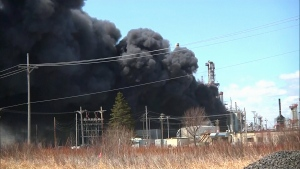 Extended: Refinery fire in Wisconsin