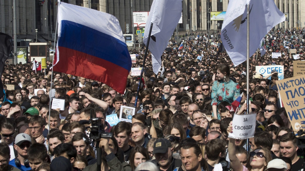 Protesters rally in Moscow