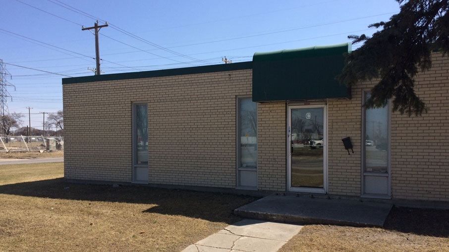 According to police Mike Knysh owned and operated Knysh Funeral Chapel on Fife Street which was licensed with the Funeral Board of Manitoba from 1998 to 2012. (Josh Crabb/CTV Winnipeg)