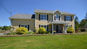 <B>Hammond Plains, N.S. </B><br><br>