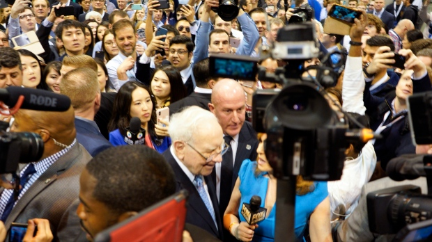 Warren Buffett has Aggressively Ramped up its Bet on Apple