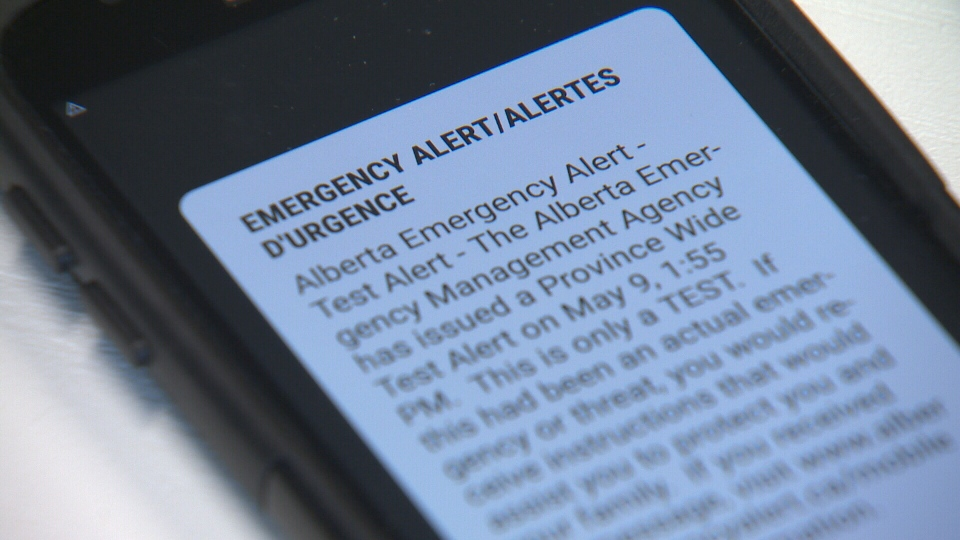 "According to Alert Ready website, the wireless alerts begin with a distinct sound, known as the Canadian Alert Attention Signal, and display an ""EMERGENCY ALERT/ALERTE D'URGENCE"" banner, followed by instructions relating to the emergency situation."