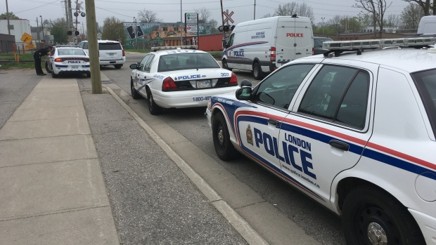 Man killed by train in London Ont.