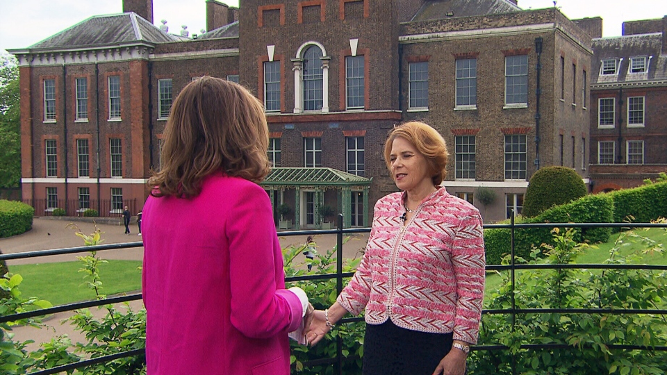 The Royal Foundation's CEO, Lorraine Heggessey, speaks with CTV News Chief Anchor and Senior Editor Lisa LaFlamme outside the group's Kensington Palace headquarters