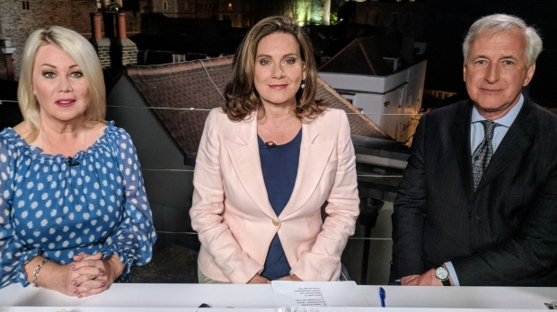 CTV News' Chief Anchor and Senior Editor Lisa LaFlamme alongside royal historian Hugo Vickers and Canadian music icon Jann Arden are on set for royal wedding coverage. (Rosa Hwang / CTV News)