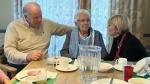 Senior citizens (fille images)