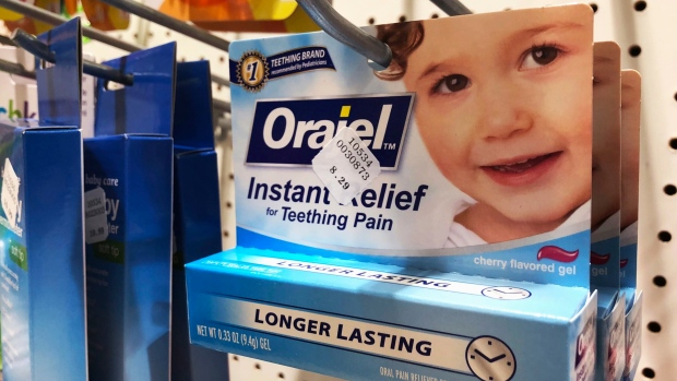 FDA Warns Against Using OTC Benzocaine Teething Products