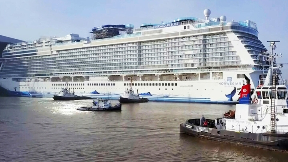25 millionth cruise passenger arrives in Vancouver